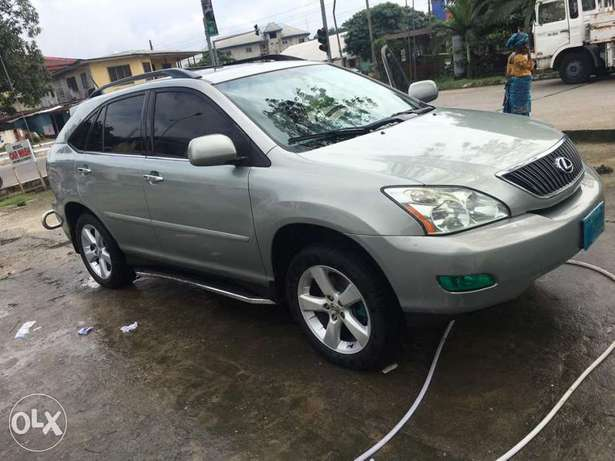 Swt and well maintained Lexus 330 suv Amadi - image 1