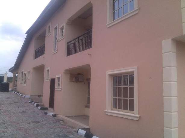 2 bedroom flat at nuj estate,clean compound.all room ensuit Ojodu - image 7