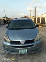 Toyota sienna 2005 distress sale