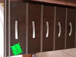 Chest of Drawer & Wardrobes for sal