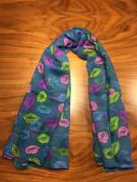Colour lipstick kiss scarf