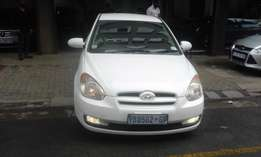 Hyundai accent 1.6 white in color 3 door 2009 model 95000km R75000