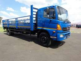 2006 HINO 500 SERIES Single diff, cattle body for sale