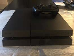 500gb PS4 with box and 1 controller