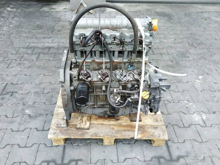 Deutz F4L1011F 4 cylindrowy Engine Motor engine for   F4L1011F 4