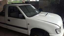2003 Isuzu kb300tdi cab and chassis ONLY