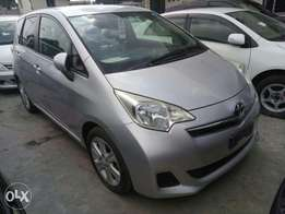 Toyota Ractis 2011 shape. KCN number 2011 model loaded with alloy ri