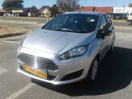 2014 Ford Fiesta 1.4 Ambiente 5-Door