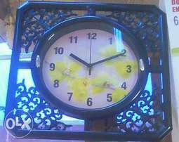Beautiful wall clock for sale