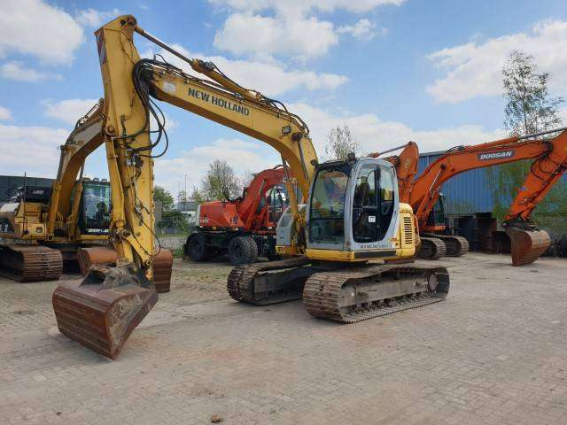 New Holland Kobelco E135sr-1es - 2008