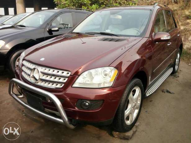 Foreign used 2007 Mercedes Benz Ml350 4matic. Direct tokunbo Lagos Mainland - image 5
