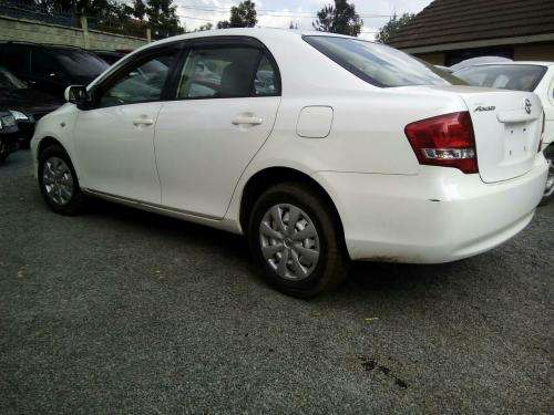 2010 Toyota Axio KCJ 1500cc auto Very clean like new Kilimani - image 7