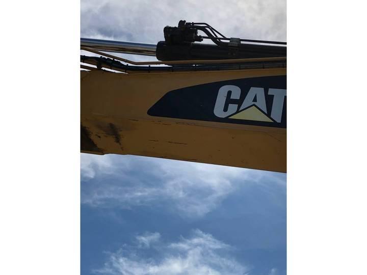 Caterpillar 329 D L - 2011 - image 10