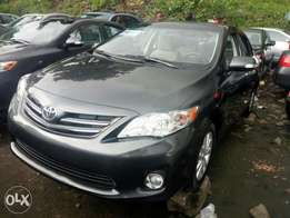 Super sharp foreign used 2011 Toyota corolla. Lagos cleared