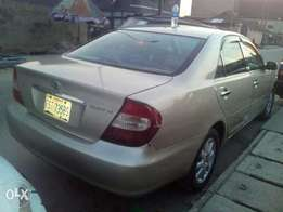 Super neat 2004 toyota camry Big daddy at give away price
