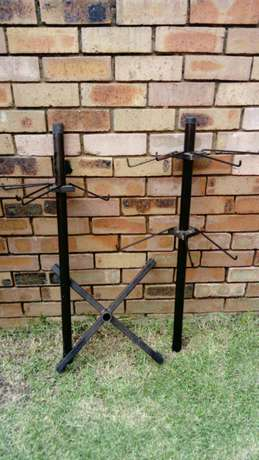 Tall Display Stand with 12 detachable hooks Witbank - image 2