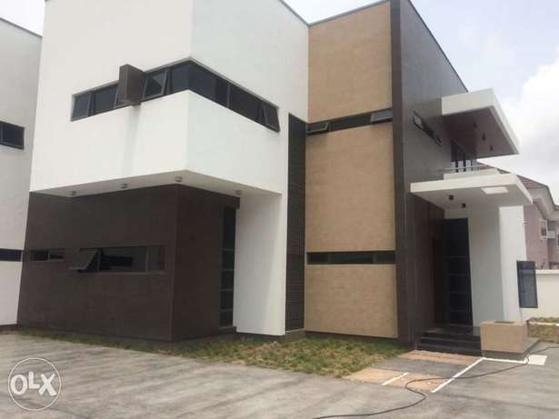 5 bedroom detached duplex with 2rooms bq for sale in VGC, Ajah Lekki - image 1