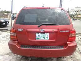 Very Clean Registered TOYOTA HIGHLANDER 2004 Model Available
