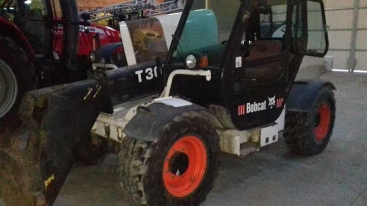 Bobcat t3071 - 2002