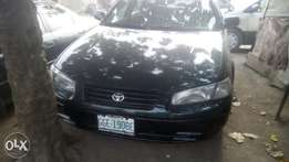 Clean Toyota Camry tiny light for sale