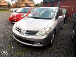 Nissan Tiida hatch back 2010