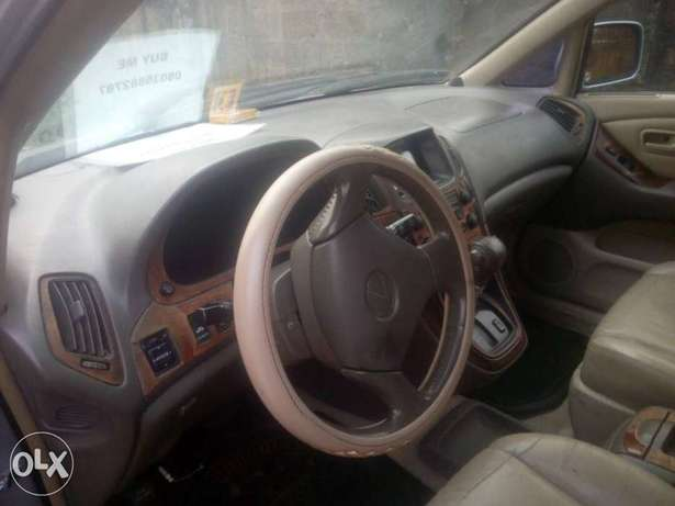 Very sharp Lexus RX 300 INCREDIBLY Clean, Awka South - image 8