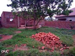3bedroomed shell house on sale in seguku-Entebbe at 85m