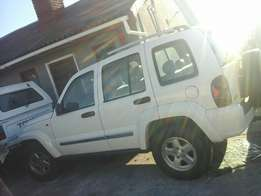 Jeep Cherokee Sport 4x4 3.7 2005 Model Breaking up Spares & Parts