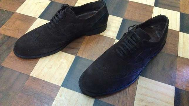 an authentic ZARA MAN pure suede leather wingtip derby size 43(uk 9) Kampala - image 7