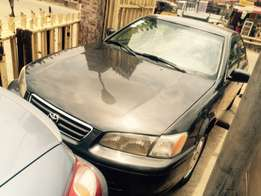 Super clean Nigeria used Toyota Camry 2000 model.