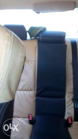 Extremely clean reg 2006 bmw 5 series Lagos Mainland - image 8