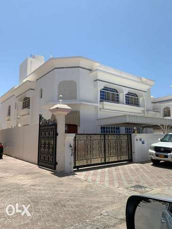 Villa in Ghubrah for rent