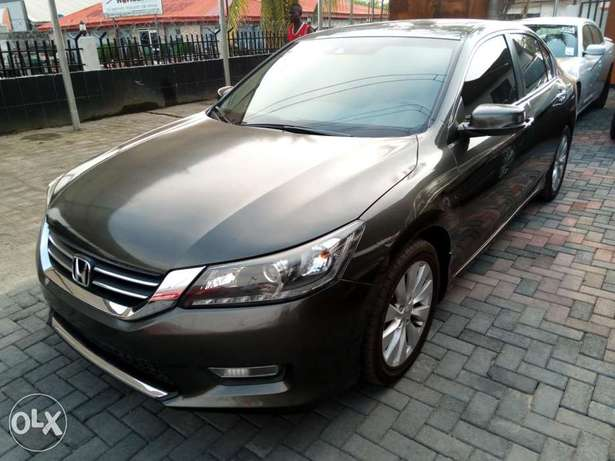 Honda accord,first body,tolks,Lagos cleared,buy and drive, 2015 model. Lagos - image 5
