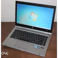 Hp 2560p core i5 hdd 320gb ram 4gb prcs 2.50ghz dvd cam wifi