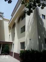 3bedroom flat with bq wuse2