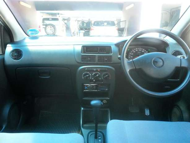 2006 Daihatsu Charade 1.0 CX Automatic for only R 45,990.00 Rosettenville - image 4