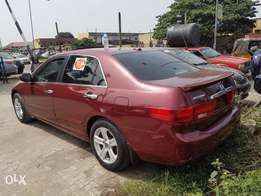 Honda accord 2004 model V6 Extra ordinary clean buy and drive leather