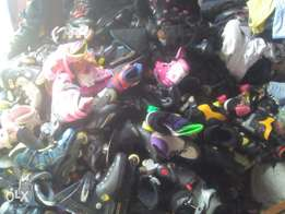 Skates available all sizes, ex UK