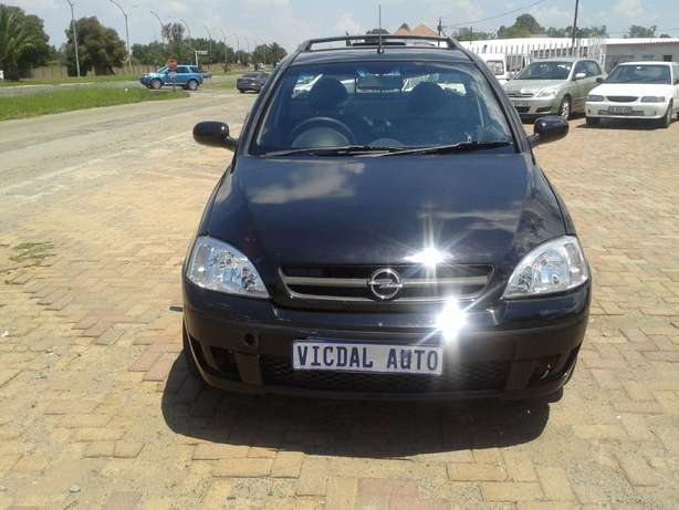 2008 Opel Corsa Bakkie 1.9TDI For Sale R59000 Is Available Benoni - image 4
