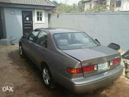 2.2 Camry.LE