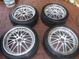 4x BMW mags for E46 with tyres, 2x as new, 2x80 percent tread!!