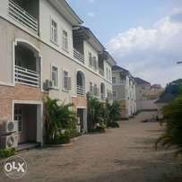 A tastefully finished, serviced & brand new 3bedroom terrace Duplex.