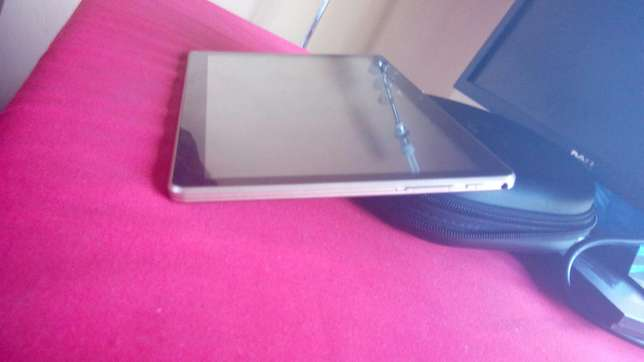 """Android Tablet 10"""" screen Tudor Four - image 2"""