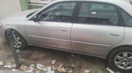 Toyota Avalon American Used With sound engine and is foreign used