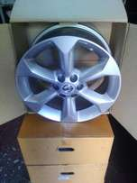 Original Navara Mag rims available
