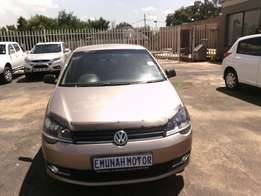 Polo vivo Urgent sale
