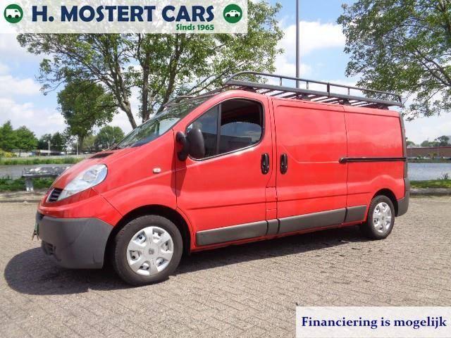 Renault Trafic 2.0 dCi T29 L2H1 * NIEUWE BANDEN * APK * ME - 2009