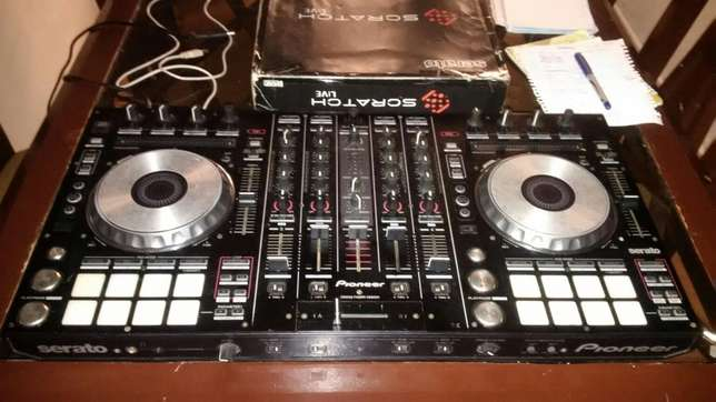Neatly Used Pioneer ddj sx with flight case Lagos Mainland - image 1