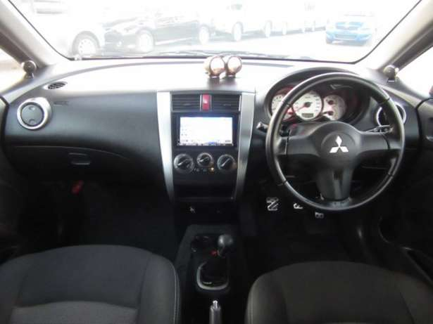Mitsubishi Colt RalliArt 2010 model Manual Tuned and very powerfull! Mombasa Island - image 6