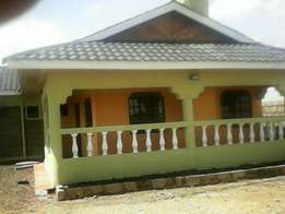 3bedroom bungalow on 50 by 100 nanyuki on sale